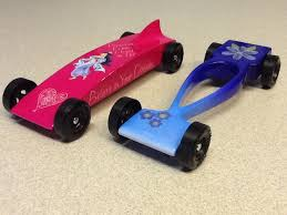 pinewood derby race cars 8 best pinewood derby images on pinterest toys jewelry making