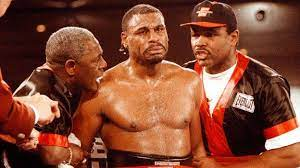 Oliver McCall: The boxer who beat Lennox Lewis 25 years ago - and is still  fighting aged 54 - BBC Sport