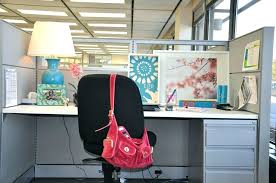 O Decorate My Office Cubicle Work Desk Decoration Ideas  Decorating Birthday To
