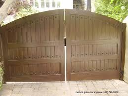 automatic wooden driveway gates intercom