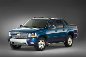 2012 Chevrolet Avalanche Specs and Photos | StrongAuto
