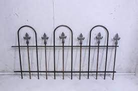 old world cast iron final style border