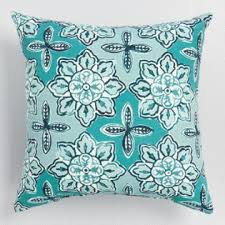 Outdoor Throw Pillows & Outdoor Lumbar Pillows