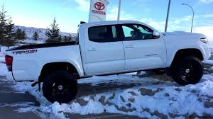 Lifted 2017 Toyota Tacoma with a TRD Pro Grill on 285/70R17 Tires ...