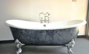 image of old tubs for antique clawfoot bathtub refinishing