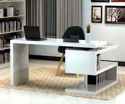 modern home office design displaying. Cool Home Office Desk. Awesome Brown Chevron Area Rug Pattern Paired With Black Chair Also Modern Design Displaying