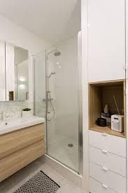 Agrandir Une Salle De Bains Blanc Et Bois Résolument Moderne