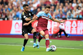 62' paul tierney has awarded corner kick to west ham. Aaron Cresswell S Final Chance And Laying Down A Marker West Ham Vs Man Utd Talking Points Football London