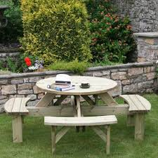 supported round picnic table fsc