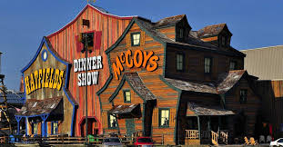 hatfield mccoy dinner feud pigeon forge shows dinner theaters pigeonforge