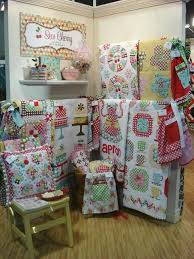 I love this display from Lori Holt. | display ideas | Pinterest ... & quilt booth display by lori holt Adamdwight.com