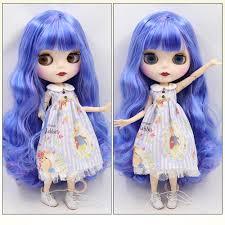 Neo Búp bê Blythe với tóc xanh, da trắng, mặt mờ và cơ thể có khớp