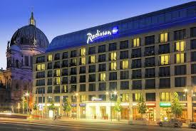 berlin hotel aquarium fahrstuhl