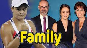 Nobody is estranged, no lawyers are engaged and bb guns remain safely holstered. Ashleigh Barty Family Photos With Father Mother And Boyfriend Garry Kiss Sports Gallery Famous Sports Wife And Girlfriend