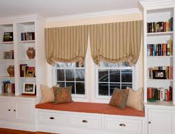 Bay Window Sitting Gallery Of Bay Window Seats Family Room - Bay window in dining room