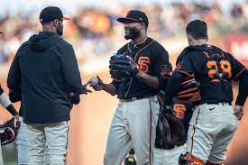 SF Giants fall back into first place ...