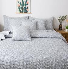 Light Gray Bedspread Tache Elegant Floral Paisley Damask Austere Light Gray Moon Bedspread Quilt Set