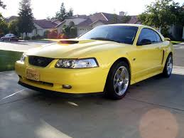 Ford Mustang Photo Gallery: 2002 Zinc Yellow Mustang GT | Shnack.com