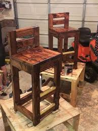 wooden pallet stool chair