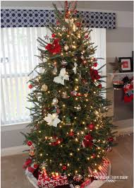 White Christmas Tree With Red And Green Decorations U2013 Happy HolidaysRed Silver And White Christmas Tree