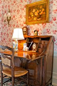 A very lovely English cottage desk