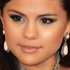 eye you selena gomez e and get it official video makeup tutorial you selena gomez makeup
