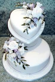 Design Wedding Cakes And Toppers 2012 Heart And Circle Shaped Cake