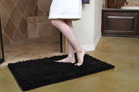 black bathroom rugs s