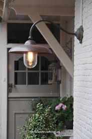 Best  Modern Exterior Lighting Ideas On Pinterest - Exterior sconce lighting
