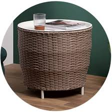 These tables will have a lid that lifts and may provide large amounts of storage space within them. Lu Ullkxroffam