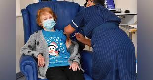 Idosa de 90 anos é a primeira a ser vacinada contra Covid no Reino Unido | Razões para Acreditar