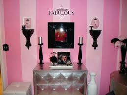 paris themed teenage bedroom ideas themed bedrooms for teenagers theme for this pink black white bedroom