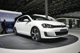 Volkswagen Golf GTI Concept live from Paris