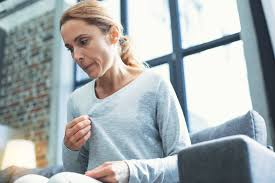 what causes hot flashes 8 mon