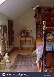 Orientteppich Auf Sisal Teppich Im Schlafzimmer Ferienhaus Mit