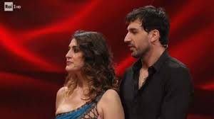 Elisa Isoardi e Raimondo Todaro si ritirano: colpo di scena a Ballando con  le stelle
