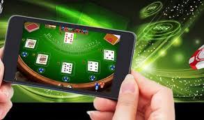 Keuntungan Besar jika Download APK Poker Online