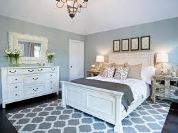 i have black bedroom furniture with silver accent handles i ordered the same rug silver lamps wwhite shades wsilver ribbings around the shades black and white furniture bedroom
