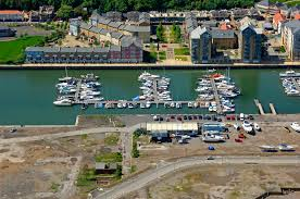 Walton Marina in Walton on Thames, Surrey, GB, United Kingdom - Marina  Reviews - Phone Number - Marinas.com