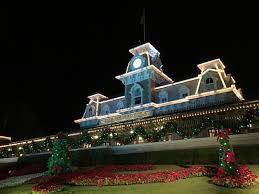 Walt Disney World Holiday Guide 2016