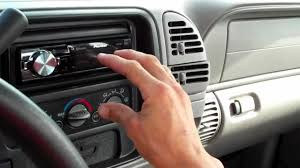 Ultra Audioworks- Clean 1997 Chevrolet Silverado FULL System - YouTube