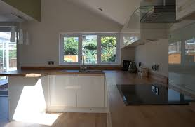 Cream Gloss Kitchens Kitchens Liverpool Gallery Multiwood Welford Handleless Gloss