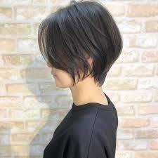 下膨れ顔に似合う髪型10選輪郭を隠す小顔に見えるショートヘアも Belcy