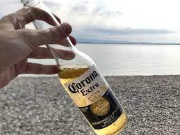 Cerveja Corona paralisa produção no México devido ao novo coronavírus -  Internacional - Estadão