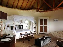luxurious bedrooms luxurious bedrooms world s most luxurious bedrooms ci africa little olarro bedrrom suite canopy horn
