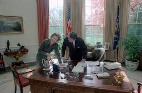 reagan oval office. President And Nancy Reagan In The Oval Office During Their First Year White House I