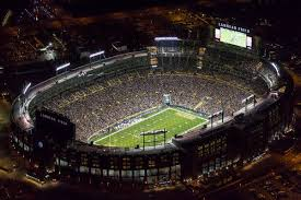 Lambeau Field Gives Football The Old College Try The New