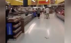 Walmart Alvin Tx Shoppers On Video Aware Of Bat Infestation Inside Alvin Walmart