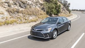 2016 Toyota Avalon Hybrid sedan review with price, gas mileage and ...