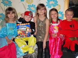 so 5 of the children are still in younger so they were asked to dress up as a character from a story book to celebrate world book day
